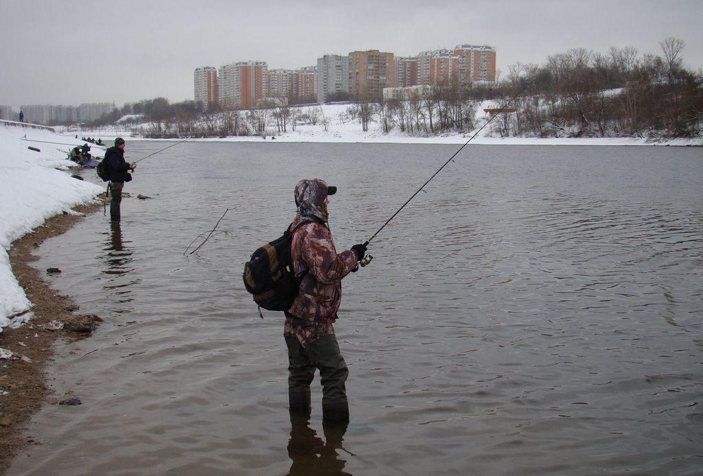 Ловля на спиннинг зимой