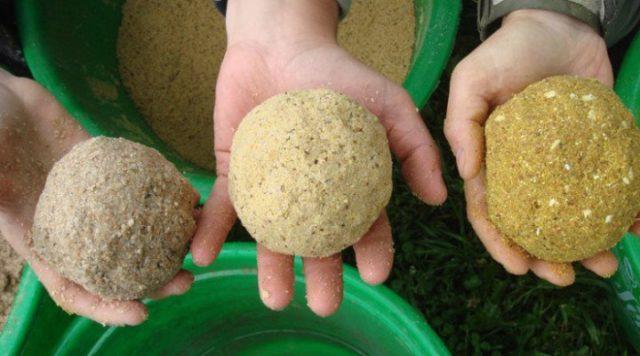 Также рыбалка на бомбарду может вестись при помощи следующих естественных приманок: личинки ,черви