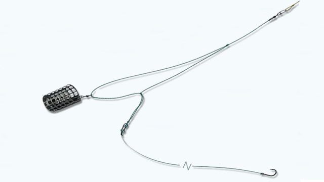 Для крепления можно использовать вертлюжок с застежкой, предварительно установив его при формировании петли