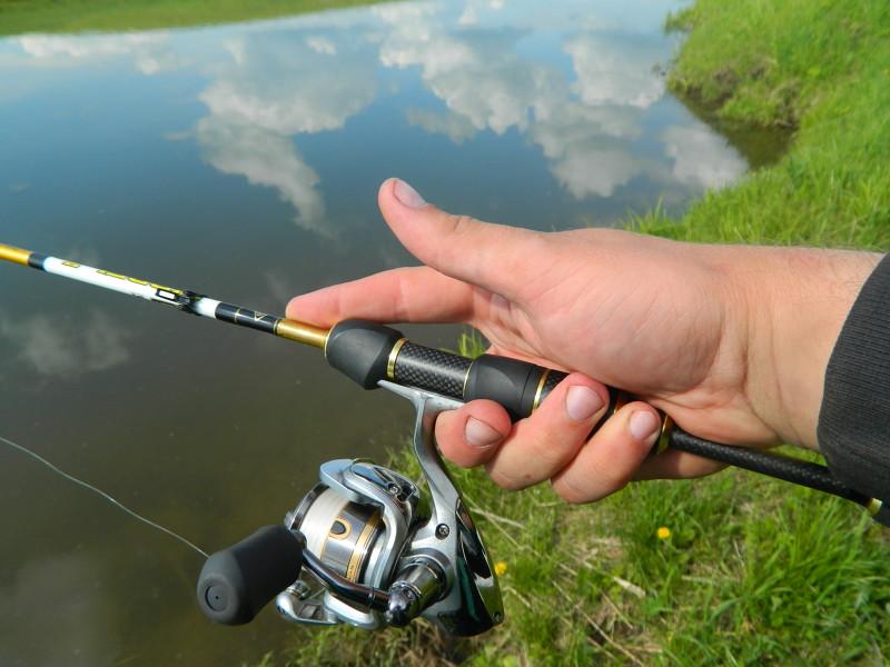 Спиннинг для микроджига — Здесь рыба